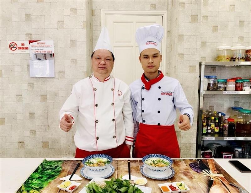 Khai trương quán Phở Gà Đông Tảo tại Bắc Ninh