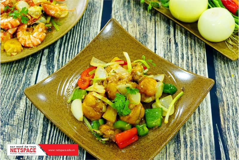 Cảm nghĩ của chị Dung – học Phở gà Đông Tảo, Cơm tấm, Bò kho, Sốt xào