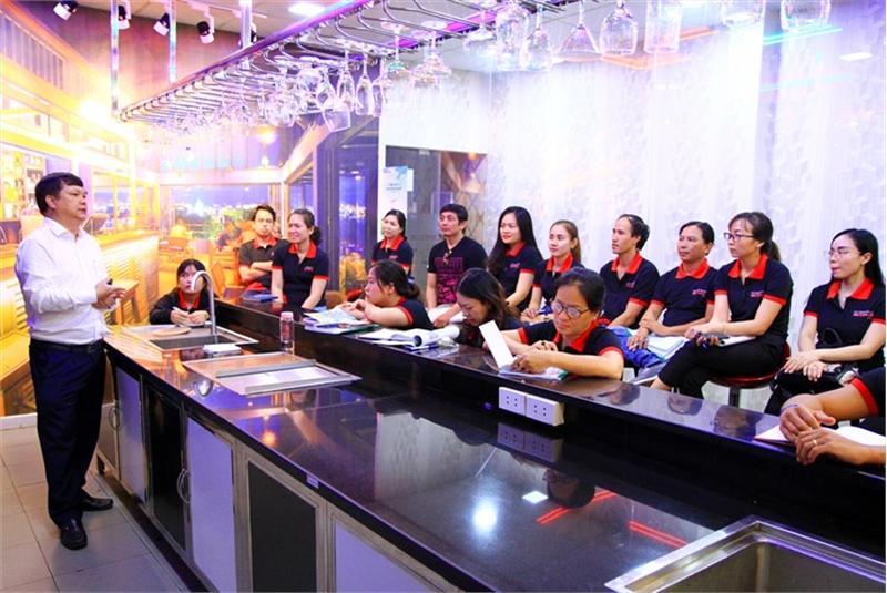 Sự cần thiết của Khóa học Kinh doanh - Quản lý Nhà hàng